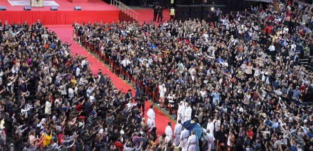 Todos aguardavam a entrada triunfal com muita expectativa