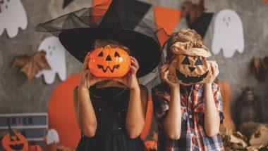 Nós podemos participar do Halloween?
