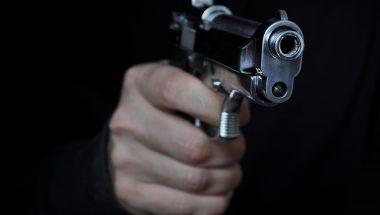 Tensão no trabalho leva policiais a pensar em suicídio