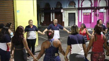 Voluntários resgatam vítimas da exploração sexual