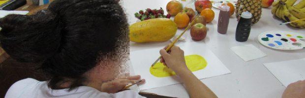 Oficinas de artes desenvolvem habilidades de mulheres reclusas