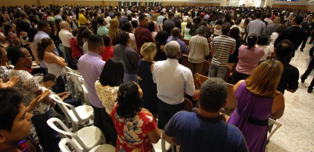 Inauguração Catedral de Sergipe: foram duas reuniões. Uma às 7h e outra às 10h