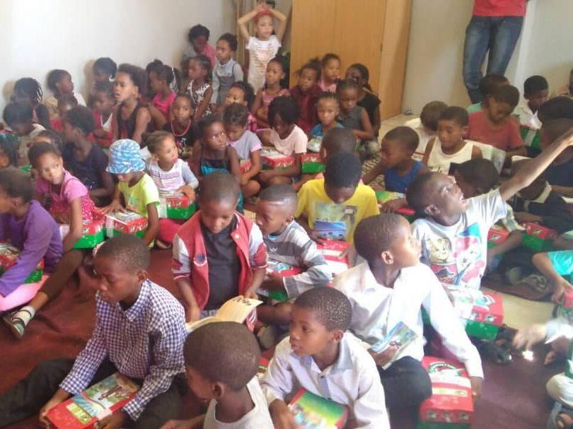 doação de alimentos igreja universal