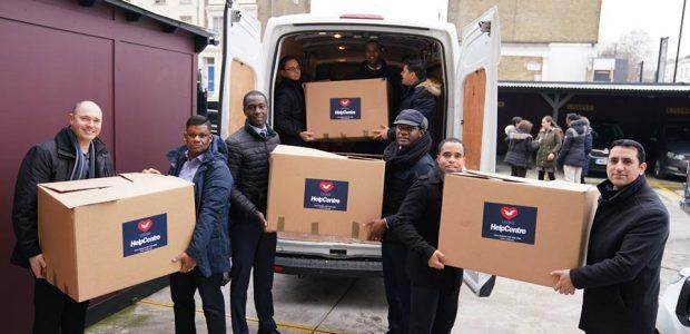 Voluntários na Inglaterra também realizaram a ação