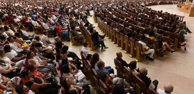 Milhares de pessoas escolheram encerrar o ano na presença de Deus