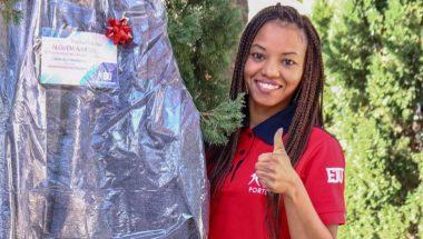 Voluntários em Portugal doam 3 mil agasalhos