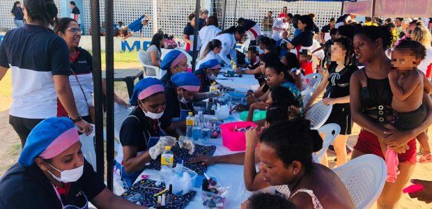 Milhares de profissionais voluntários percorreram os bairros carentes