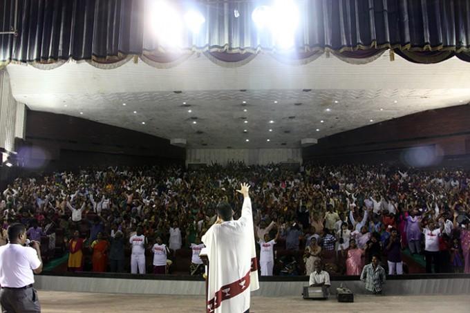 Il Potere della Croce in India