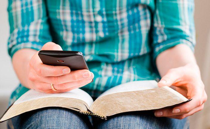 La Bibbia e il cellulare