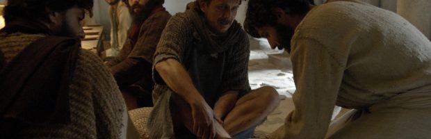 Novela Jesus: Messias lava os pés dos apóstolos