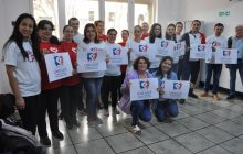 Universal de Romênia realiza campanha de doação de sangue