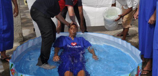 Na capital paulista, detentos também se batizaram