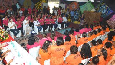 Concurso de moda resgata a autovalorização de detentas em Salvador