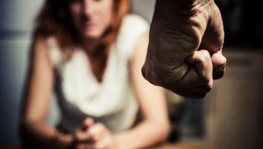 Especialista em relacionamento é denunciado por violência doméstica