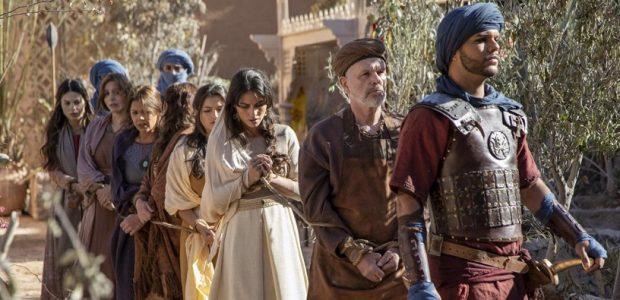 A procura de Baltazar soldados invadem a casa de Micaías