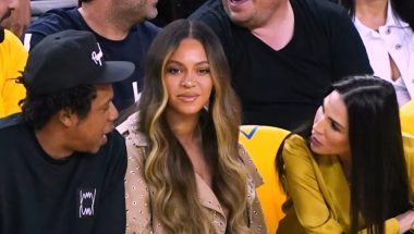 Beyoncé tem crise de ciúmes em público
