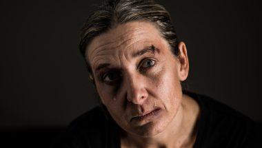Número de casos de feminicídio no Brasil aumenta