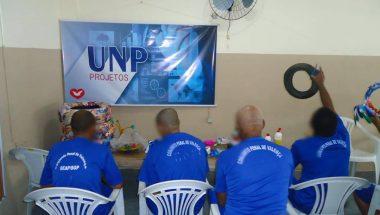 Detentos da Bahia participam de curso de reciclagem