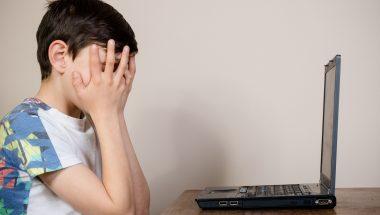 Pornografia online: Reino Unido é o primeiro país a exigir documentos de internautas