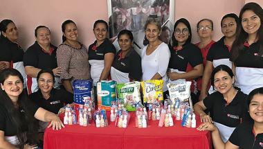 Auxiliadoras: projeto leva amor aos asilos, casas de acolhimento e de apoio