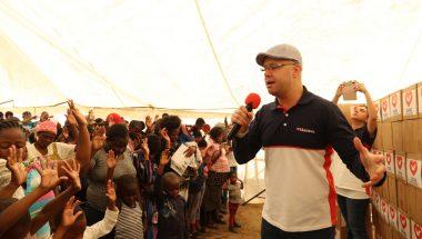 Mil cestas básicas são distribuídas em comunidade da Namíbia