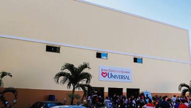 Inauguração da Catedral de Itapuã reúne milhares de pessoas