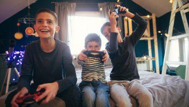 Videogame: crianças esvaziam conta bancária da família com jogos online