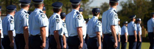 Atenção! Todos os integrantes das Forças Armadas e das Forças de Segurança Pública