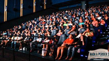Abandonados pelas famílias, adolescentes e crianças recebem dose de esperança no cinema