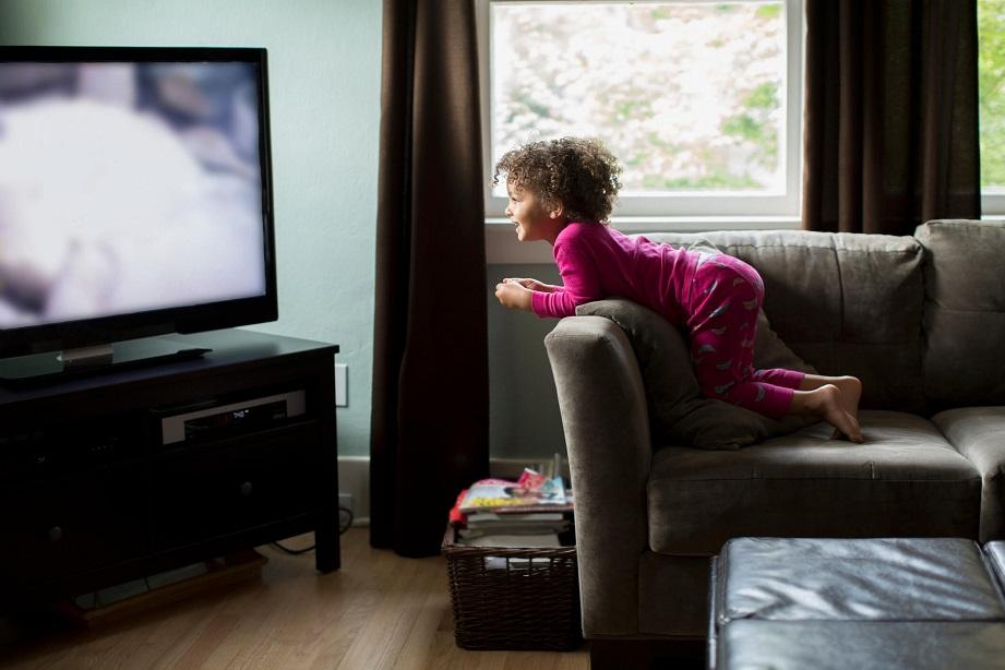 Como a TV prejudica seus filhos