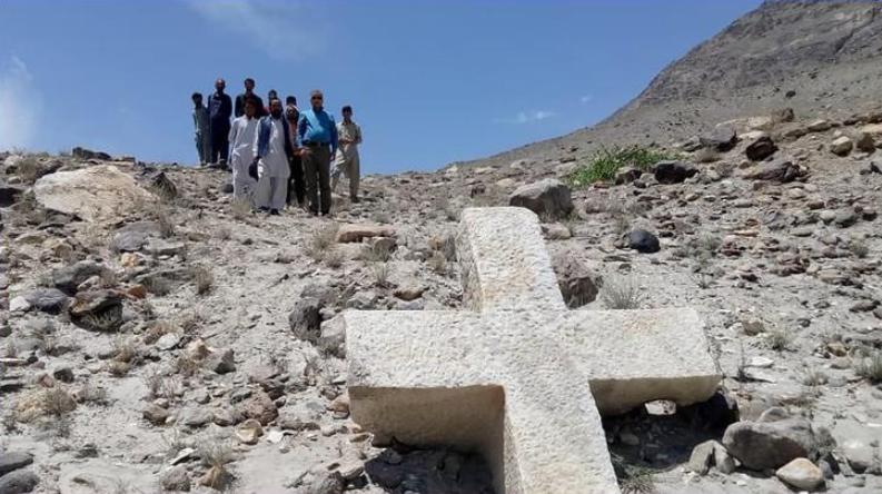 Cruz, de aproximadamente 1,2 mil anos, é encontrada no Paquistão