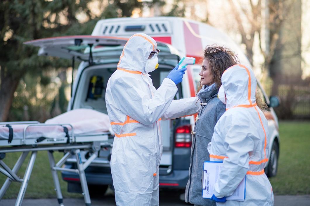 SP registra queda do número de mortes semanais por COVID-19