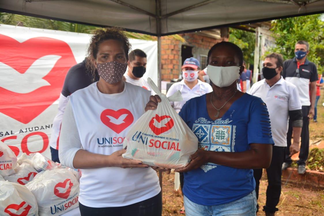 Voluntários levam auxílio às famílias de comunidade em Ananindeua, no Pará