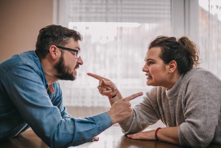 Ela usa e abusa da nossa relação - Universal.org - Portal