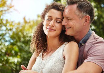 5 erros que acabam minando a confiança entre o casal