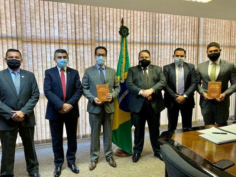 Secretário executivo do Ministério da Justiça e Segurança Pública recebe representantes da Universal