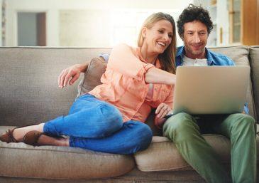 Casados e vivendo em casas separadas. Mais uma ideia anticasamento