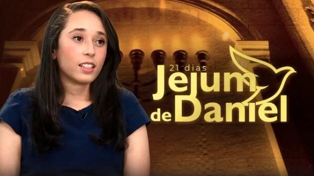 Jejum de Daniel: Rafaela passou das trevas para a Luz