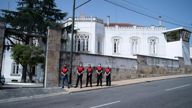 Conforto aos apenados de unidade prisional de Coimbrã, em Portugal