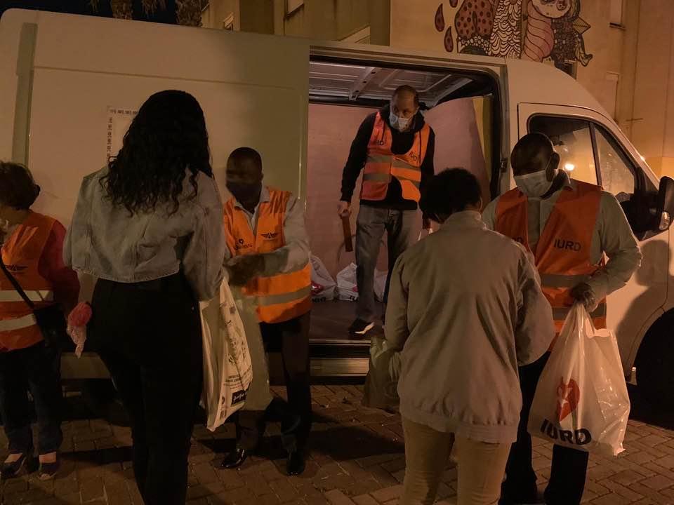 Ação social entregou alimento e Bíblias em Lisboa, capital portuguesa