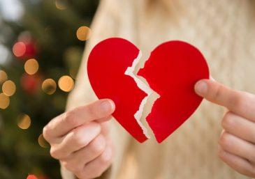 Companheiro troca mensagens românticas com outras mulheres