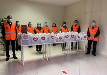 Projeto Help realiza ação em estação de metrô