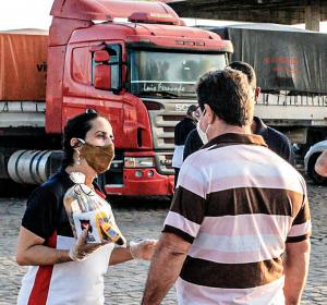 Mutirão nacional auxilia 8 mil caminhoneiros a enfrentar desgaste da profissão