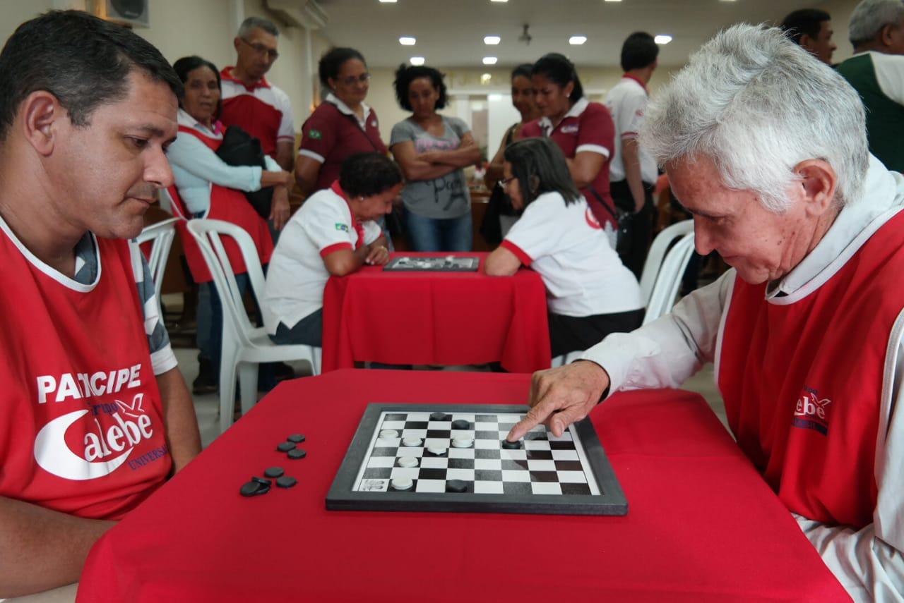 Torneio de damas do Calebe incentiva idosos ao lazer e à socialização
