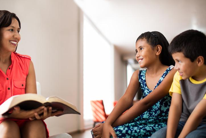 A missão das mães e a importância de desenvolver a fé dia a dia