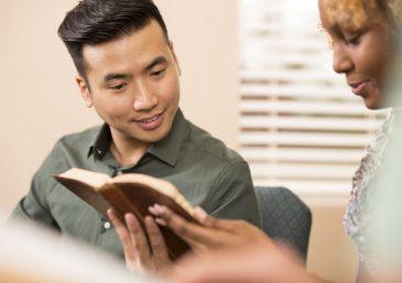 Qual o tipo de oração que Deus ouve e responde?
