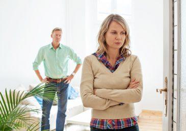 Ela está grávida de outro homem, mas quer ex-marido de volta