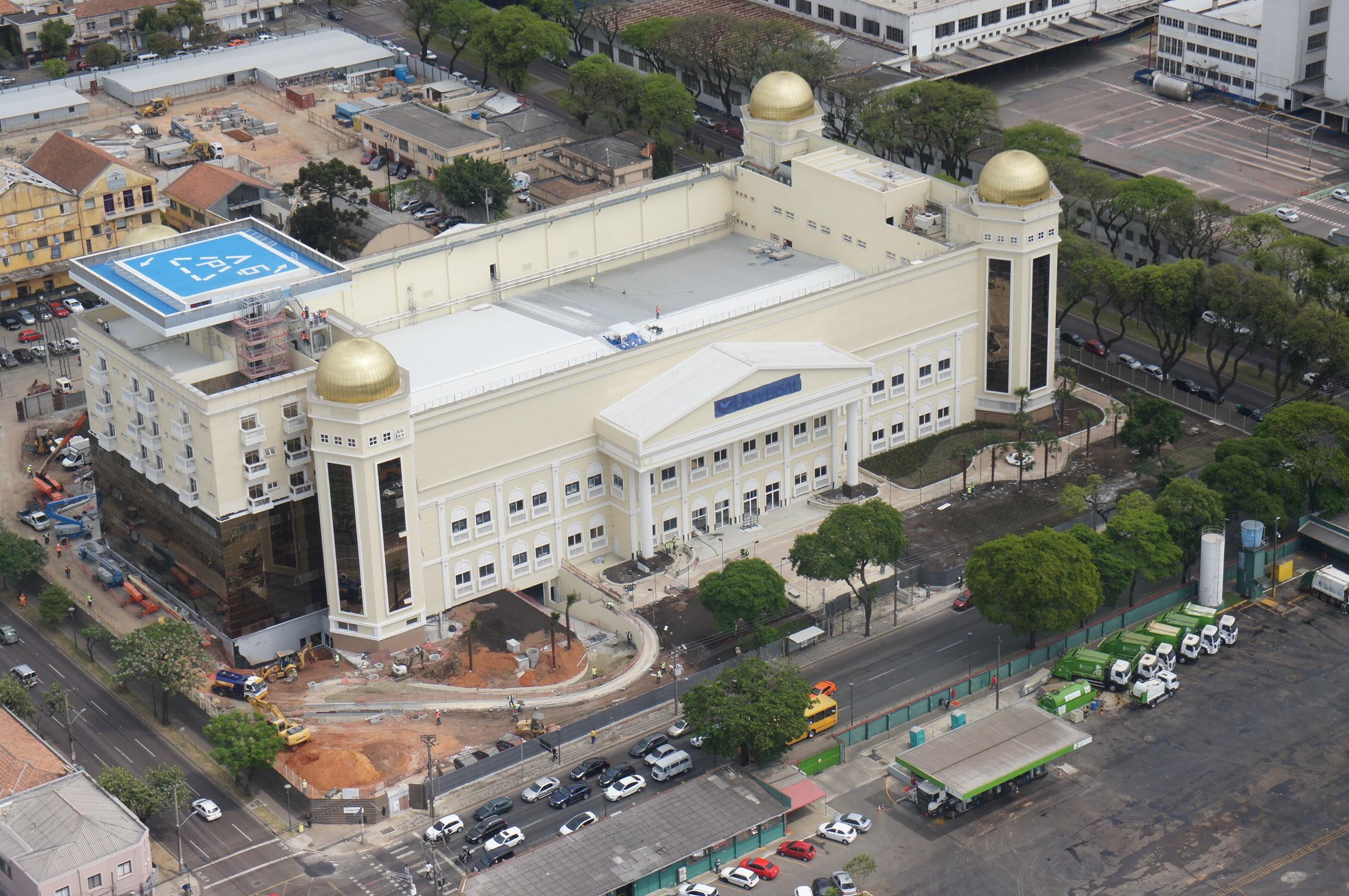 Templo Maior transforma região de Curitiba5 min read