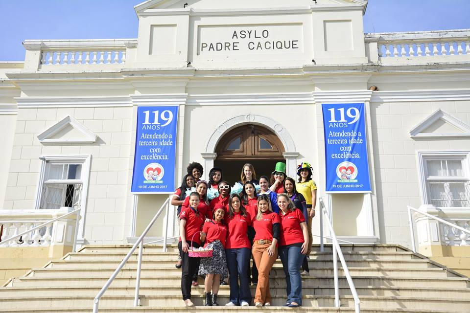 Força Jovem Universal visita asilo em Porto Alegre2 min read