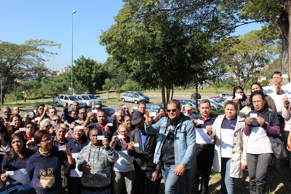 A Universal realiza ações semanais em cemitérios de todo o Brasil2 min read